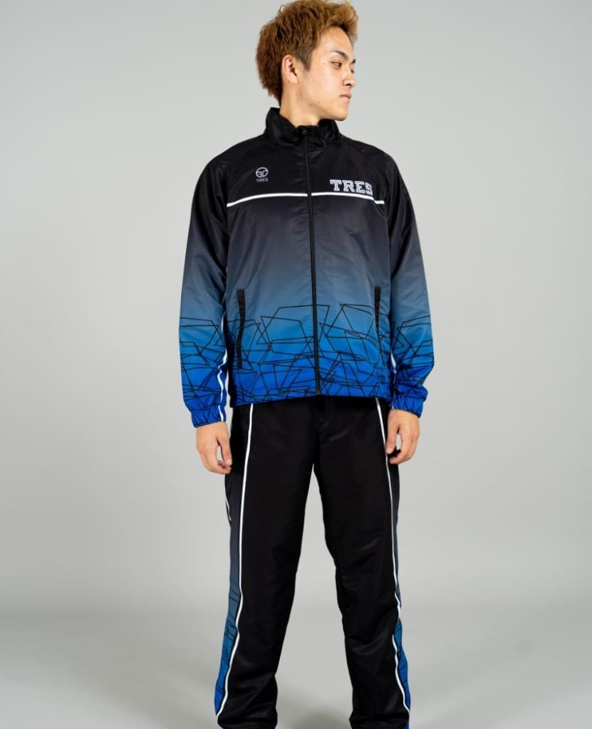 バスケットボール用ウィンドブレーカー画像 正面・男性モデル トレスバスケットボール