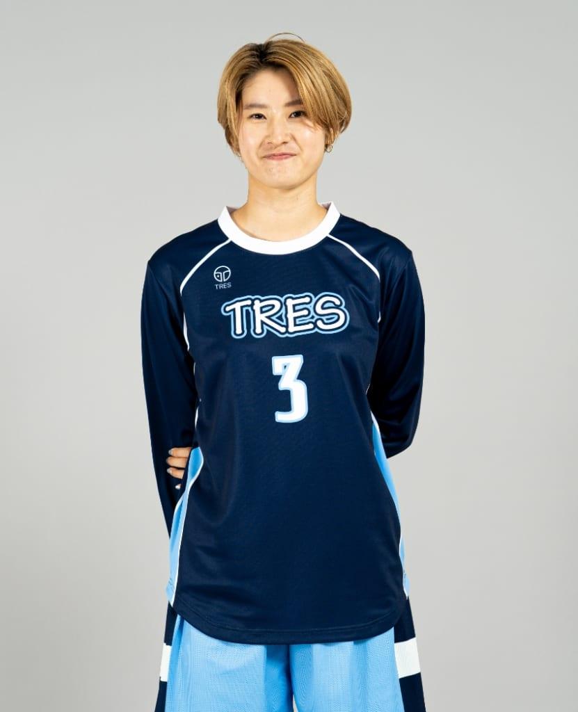 バスケットボール用シューティングシャツ画像 正面・女性モデル トレスバスケットボール