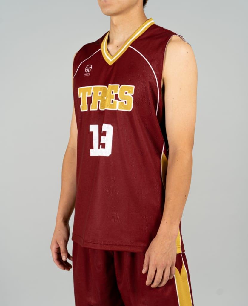 バスケットボール用リバーシブルウェア画像 側面・男性モデル トレスバスケットボール