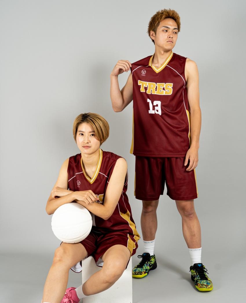 バスケットボール用リバーシブルウェア画像 正面・女性・男性モデル トレスバスケットボール
