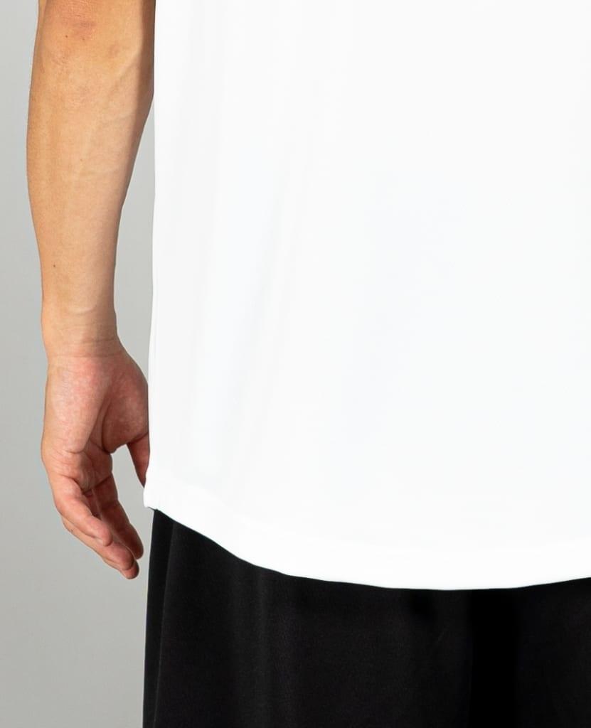 バスケットボール用イージードライシャツ タンクトップ画像 背面・男性モデル トレスバスケットボール