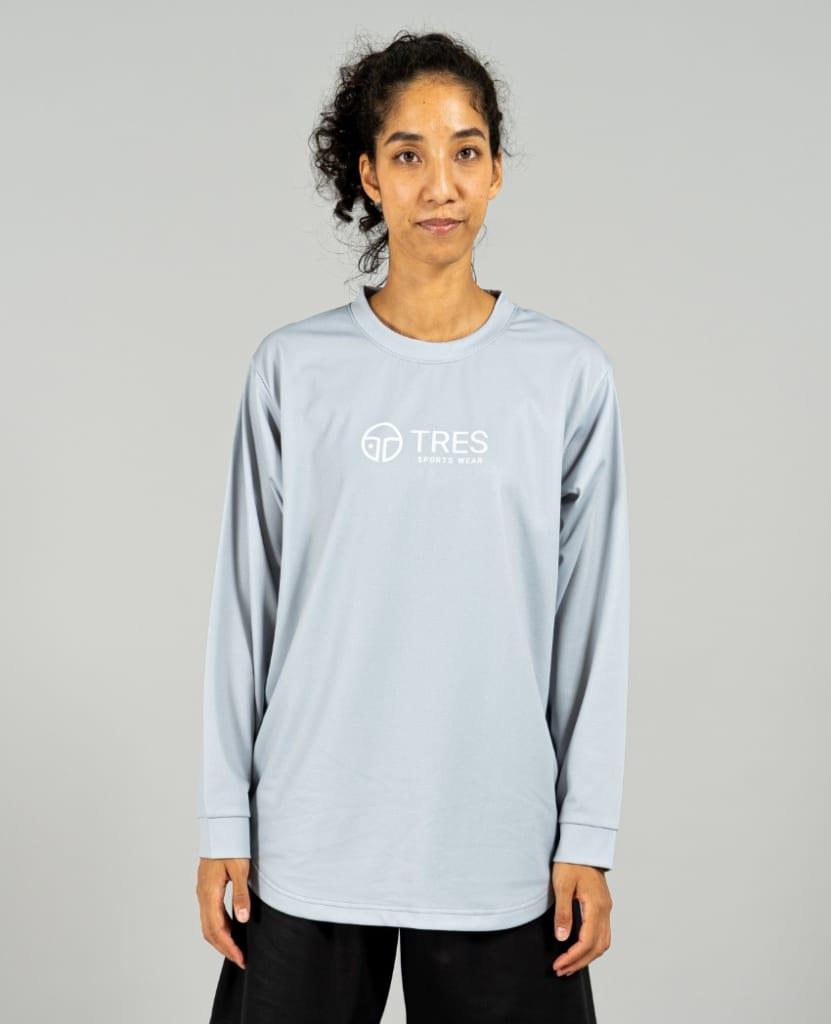 バスケットボール用イージードライシャツ ロンT画像 正面・女性モデル|トレスバスケットボール